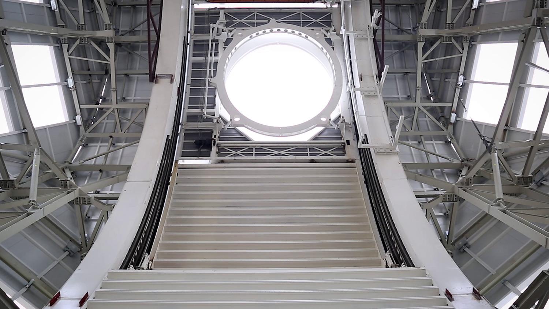Interior de la cubierta del DKIST en un video producido por Old Port Films para IDOM