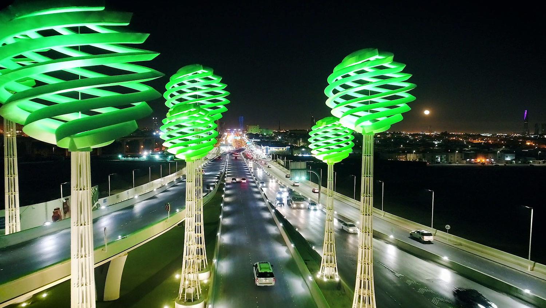 Documental de arquitectura e ingeniería Spiraling Spheres, A Forest for the Desert